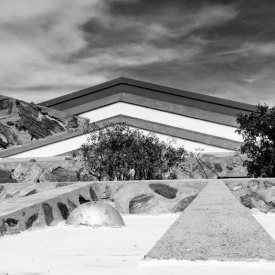 ©chris bone - taliesin west bw