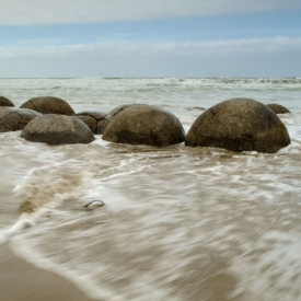 ©chris bone - moeraki boulders 2